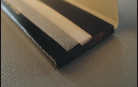 Papier à rouler King size Slim avec paquet personnalisé (107 x 44 mm) image