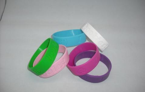 Bracelet en silicone personnalisé large (19mm) image